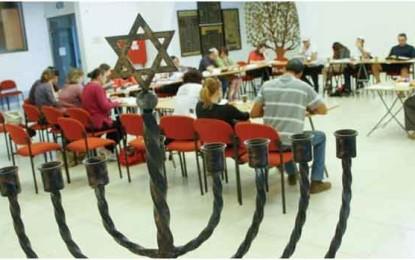 בידי מי נמצא המפתח לשערי הכניסה אל העם היהודי/ אריאל סרי-לוי