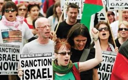 """סטודנטים בארה""""ב: להחרים את ישראל/צביקה קליין"""