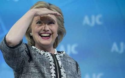 """התורמות המוזרות שמריצות את הילרי קלינטון לנשיאות ארה""""ב /פרנק ברוני, ניו יורק טיימס /"""