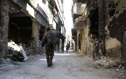 בעבר נחשב ירמוכ למקום מגורים טוב באופן יחסי בהשוואה למחנות בלבנון וירדן. בעקבות המצור והמלחמה גוועים כעת תושביו ברעב מאת ג'קי חורי